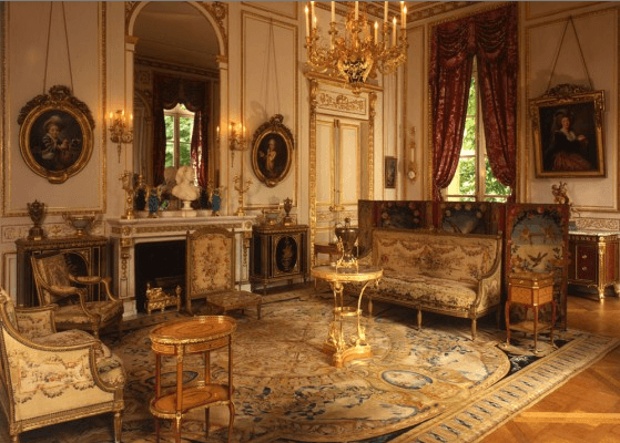 Philip Colleck Ltd:  18th Century Furniture That Sincerely Flatters