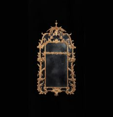 Important George III Mirror in the Manner of Thomas Chippendale, circa 1765