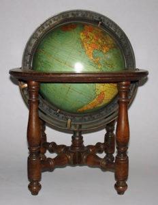 The Kittinger 8-inch table globe