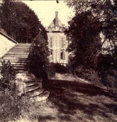 Eugene Atget. Courbevoie – Ancien Chateau – Albumen print, 1901